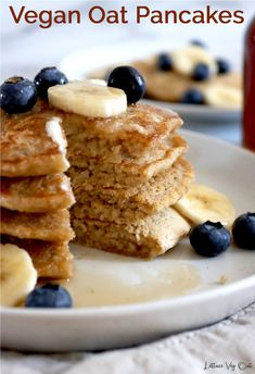 This vegan oat pancake recipe is uses simple ingredients and creates fluffy, delicious vegan gluten free pancakes. These are vegan oat pancakes with no banana in them! Full cooking video provided in the recipe card to help you make this easy vegan breakfast recipe. #Vegan #VeganRecipe #VeganBreakfast #VeganPancake #VeganGlutenFree #GlutenFreeVegan #VeganCooking #VeganMeal #VeganMealPrep #PlantBased #DairyFree #DairyFreeRecipe #Eggless Flax Seed Pancakes, Oat Flour Pancakes, Gluten Free Pancakes, Gluten Free Oats, Vegan Protein Pancakes, Vegan Pancake Recipes, Vegan Snacks, Vegan Recipes, Dairy Free Recipes