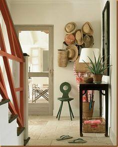 Wallmarks: Design: Modest Entryways