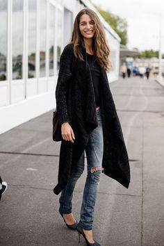 Cool skinnies and heels.
