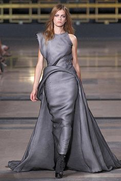 Stephane Rolland Fall 2010 Couture Runway - Stephane Rolland Haute Couture Collection
