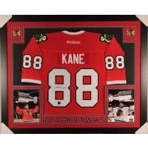 Patrick Kane Framed Autographed Chicago Blackhawks Jersey Frameworth COA