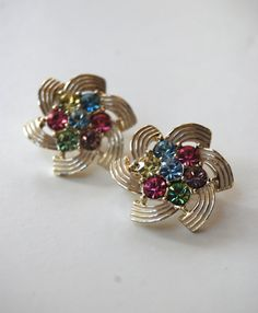 Lovely Vintage Sara Coventry signed MultColored by tomatored, #vjse2 #boebot #etsybot2 #vintage #jewelry $14.00