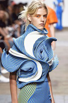 Making Fashion Move: LFW Gets The Gif Treatment+#refinery29uk
