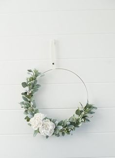 New modern front door wreaths spring 23 Ideas Spring Front Door Wreaths, Modern Wreath, Floral Hoops, Diy Hanging, Valentines Diy, A Boutique, Bloom, Flowers, Willow Branches