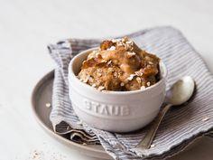 Süßes Tassen-Oatmeal mit Dattelkaramell - ohne Ei