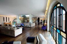Ampio salone con #cucina al centro. #brescia #dreamhome