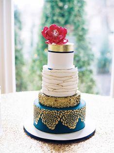 wedding cake from Bold Southern Bride wedding shoot in Raleigh, North Carolina
