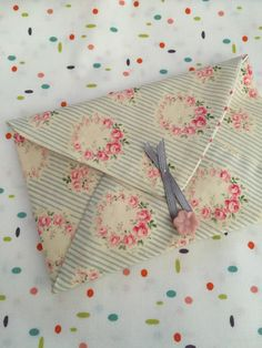 @ PatchworknPlay: Fabric Gift Envelopes Tutorial for $ or jewelry