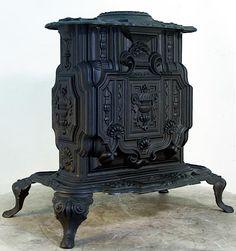 Ocean Wood/Coal Antique Small Parlor Stove