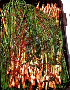 Korean Dishes, Korean Food, Kimchi Recipe, K Food, Food Plating, Food Design, No Cook Meals, How To Lose Weight Fast, Asparagus
