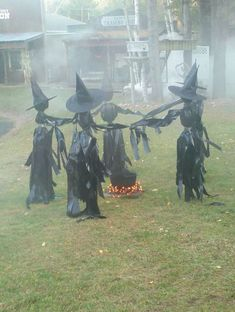 Witch Circle Halloween Decorations Ideas