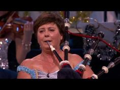 Amazing Grace In Emotional Show - Andre Rieu : Video Clips From The Coolest One