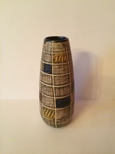 West German Pottery Vase 206-20 20 cm tall