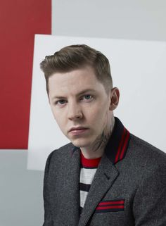 Grooming by Oliver Wood Professor Green, Oliver Wood, Rapper, The Cure, Celebrity, My Favorite Things, Fashion, Moda, La Mode