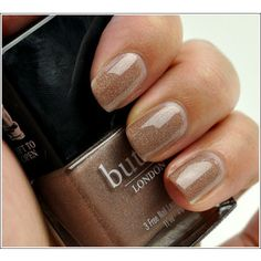 Love this neutral nail color!!