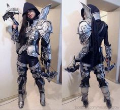 Cosplay Selfie Demon Hunter from Diablo 3 Cosplayer: LUNAR CROW