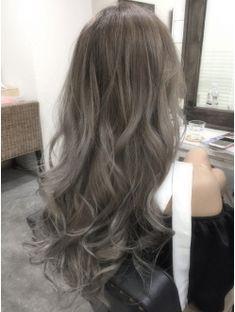 56 Super Ideas For Hair Color Highlights Ombre Ideas Haircolor Hair Color And Cut, Hair Color Dark, Grey Hair Dye, Dyed Hair, Asian Hair Dye, Long Shag Haircut, Silver Blonde Hair, Brown Hair Balayage, Hair Color Highlights
