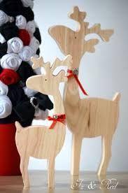 Resultado de imagen para renos en madera para navidad