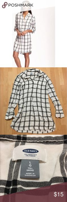 LAST CHANCE! Plaid T-Shirt Dress CLOSET CLEAR OUT! Old Navy plaid t shirt dress - worn once - no signs of wear at all - like brand new Old Navy Dresses Midi