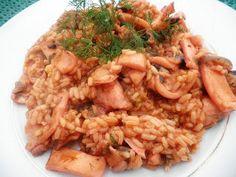 ΚΑΛΑΜΑΡΑΚΙΑ ΜΕ ΡΥΖΙ Cookbook Recipes, Cooking Recipes, Just Cooking, Orzo, Lunch Time, Fish And Seafood, Fried Rice, Risotto, Ethnic Recipes