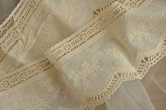 vintage style beige / off white pure cotton lace trim , crocheted trim lace…