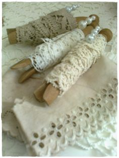 What a great way to keep lace organized!
