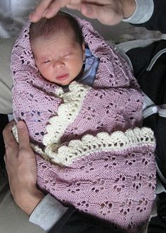 FREE Crochet pattern for Lace Baby Blanket~ Great baby gift idea!