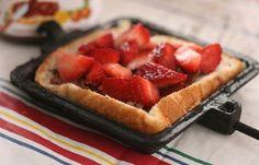 Strawberry Nutella Sandwich | 18 Mouthwatering Breakfast Recipes