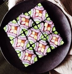 This beautiful square mosaic sushi deserves to be framed in a food art museum. This beautiful square mosaic sushi deserves to be framed in a food art museum. Sushi Recipes, Asian Recipes, Cooking Recipes, Healthy Recipes, Japanese Food Recipes, Japanese Food Sushi, Healthy Food, Cucumber Recipes, Easy Recipes