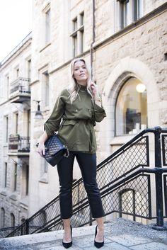shirt / Gina Tricot, pants / Gina Tricot, watch / Triwa,  bag / Chanel,  shoes / Topshop  | Linda Juhola