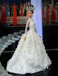 Barbie, Miss Israel 2013 Barbie Bridal, Barbie Wedding Dress, Barbie Gowns, Barbie Clothes, Doll Dresses, Barbie E Ken, Barbie Miss, Barbie Princess, Clubwear