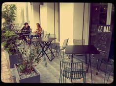 Le Bal Café 6 impasse de la Défense, 75018 Paris