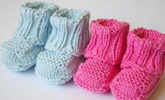 No sew knitted baby booties pattern Knit Baby Booties Pattern Free, Knit Baby Shoes, Knitted Booties, Baby Shoes Pattern, Kids Knitting Patterns, Knitting Blogs, Knitting Socks, Free Knitting, Knitting Projects
