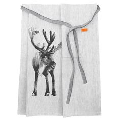 Lapuan Kankurit Deer ( Poro) Apron is crafted from the finest European linenes and bio organic cottons. Designed by Teema Jarvi, a renowned artist of wildlife.  Teema explores the Finnish woods and lakes to capture the essence of the wildllife in his illustrations. Teema has transported us with this stunning magestic king of the forest, the deer design on this chefs style apron, transporting us to the soothing calm of the primeval Scandinvian wilderness.  A Luxury apron, perfect for men and…