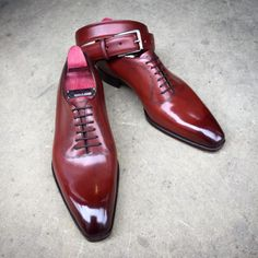 http://chicerman.com  gazianogirling:  Happy Easter! The Bowlly in vintage cherry. Made to Order on the square Deco last with a matching belt. #gazianogirling #gazianoandgirling #shoeporn #madetoorder #GGBowlly  #menshoes