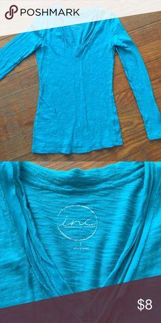 Ladies long sleeve thin knit Blue green thin knit v- neck EUC... INC International Concepts Tops Tees - Long Sleeve