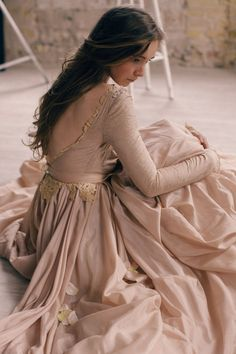 Ball-gown open back wedding dress with lace lining Open Back Wedding Dress, Lace Wedding Dress, Modest Wedding, Wedding Gowns, Fall Wedding, Sparkle Wedding, October Wedding, Blue Wedding, Wedding Tips
