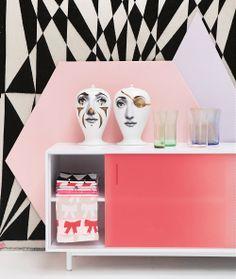 Interior Decoration Trend Summer 2013 - Cirque d'Interieur - Show Design & Furniture in Pastel Colors - Pastoe Kabinet by Scholten & Baijings, Fornasetti Jars & Tea Towels by Hay (Foto Perscentrum Wonen)