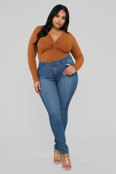 Best photography poses women plus size full figured ideas - Plus Size Fashion & Dress Curvy Outfits, Mode Outfits, Outfits For Teens, Plus Size Photography, Photography Poses Women, Modelos Plus Size, Looks Plus Size, Plus Size Model, Plus Size Dresses