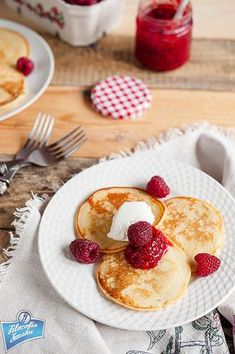 Jak zrobić placki owsiane Food Inspiration, Sweet Recipes, Vegetarian Recipes, French Toast, Pancakes, Clean Eating, Lunch Box, Food And Drink, Cooking