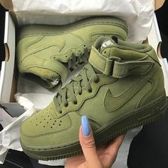 Love these! That color green...