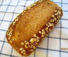 Brot & Bread: HONEY OATMEAL BREAD - BEES WOULD LOVE IT Oatmeal Bread, Banana Bread, Danish Rye Bread, Rye Bread Recipes, Egg Wash, Loaf Pan, Instant Yeast, I Want To Eat, Sweet Bread