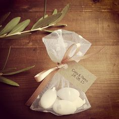 Wedding Favor Bag ,White Polkadots Gift Bag, Wedding Favour Bags, Baptism Favors, Christening Favors, Thank You Bag, Wedding Gift Bag Christening Favors, Baptism Favors, Baptism Party, Wedding Birds, Vintage Wedding Theme, Traditional Wedding Favours, Wedding Rice, Wedding Decorations, Wedding Ideas