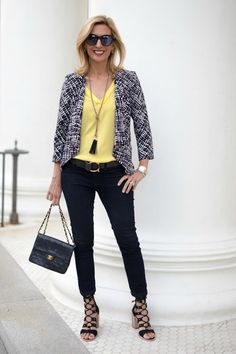 Best Outfits For Women Over 50 - Fashion Trends Fall Fashion Trends, 50 Fashion, Autumn Fashion, Fashion Outfits, Fashion Bloggers, Fifties Fashion, Latest Fashion, Christmas Fashion, Classic Fashion