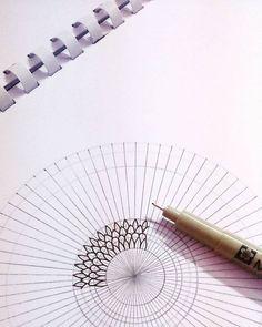 Dot Art Painting, Mandala Painting, Mandala Drawing, Acrylic Painting Canvas, Mandala Doodle, Mandala Art Lesson, Doodle Art, Dibujos Zentangle Art, Zentangles