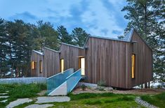 Former Herzog & de Meuron architects Julia Jamrozik and Coryn Kempster define a Net Zero house in Ontario with a sawtooth roof. Residential Architecture, Modern Architecture, Cabana, Sawtooth Roof, Ontario, Backyard Walkway, Flagstone Walkway, Walkways, Modern Lake House