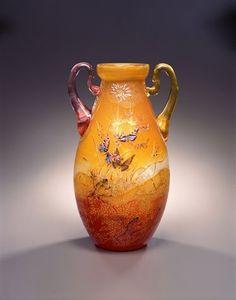 エミール・ガレ 《草花文耳付花器》 1895年頃