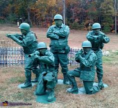 Toy Soldiers Family Halloween Costume