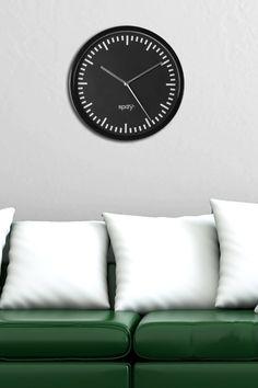 Moderne Design Wanduhr SPIZY schwarz 20cm Küchenuhr  bei Riess Ambiente