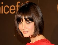 Famous Celebrity Haircut: Katie Holmes' Chic Little Bob    #hairstyles